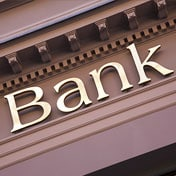 Nuovo anno di pulizie in banca. Cessioni da 25 miliardi al via (La Repubblica)