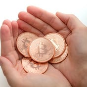 La scalata di Ripple, l'anti bitcoin. Ecco perché ora piace alle banche (Corriere della Sera)