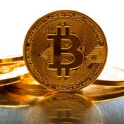 Bitcoin scatenato: vola a 6.600 dollari (MF)