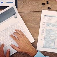 Partita Iva online: come aprirla, chiuderla e variare i dati via internet