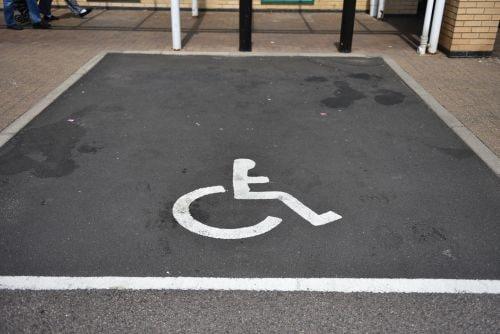 I diritti che la Legge 104 concede ai familiari del disabile