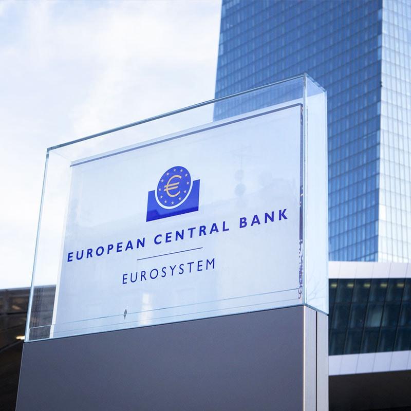 Bce: Draghi, riviste al ribasso stime Pil Eurozona 2019-2020