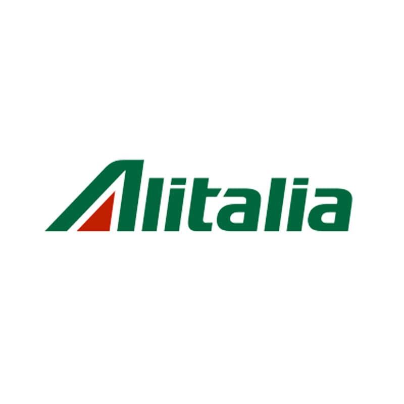 Alitalia, la mossa Ryanair: un patto sui voli brevi (La Repubblica)