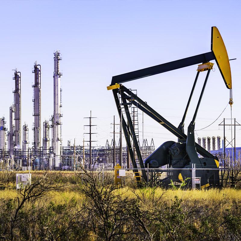 L'attacco al petrolio saudita. Gli Usa minacciano l'Iran (La Repubblica)