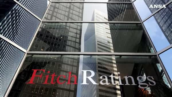 Fitch conferma il rating dell'Italia bbb, outlook negativo
