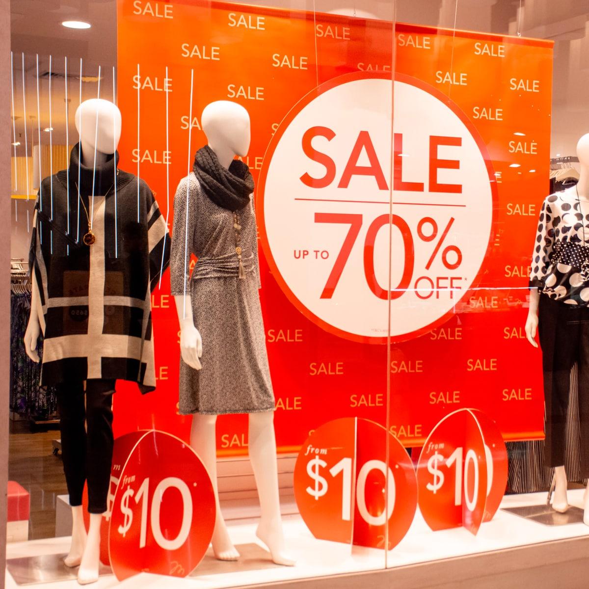 Confcommercio: per i saldi più voglia di acquisti ma meno soldi da spendere
